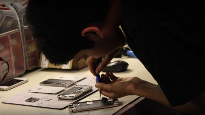 This 17-Year-Old Has Become Michigan's Leading Right to Repair Advocate