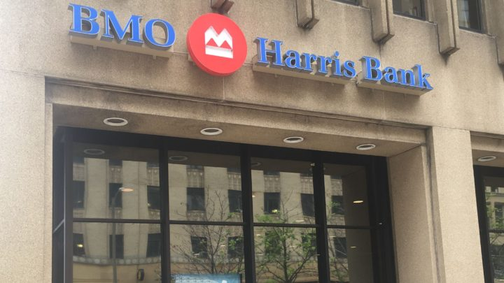 BMO Harris cuts face-to-face mortgage lenders as banking changes