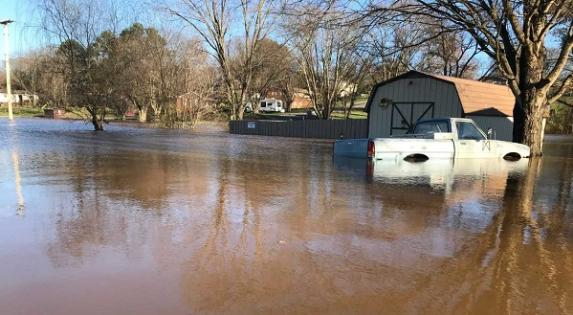 Need advice for recovery after flooding? TDIC has insurance and consumer tips