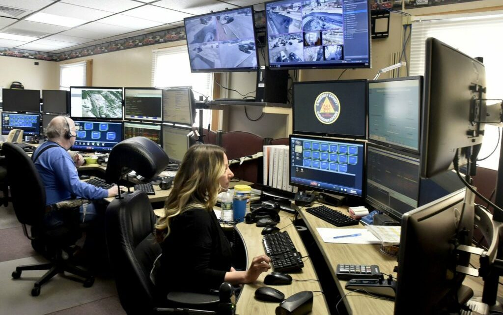 Shortage of emergency dispatchers prompts Maine to consider improving benefits