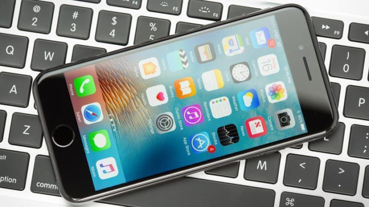Reusable iPhones Are Getting Scrapped Due to Anti-Theft Feature | News & Opinion