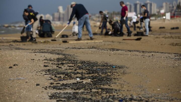 Mystery Israeli Oil Spill Leads To Multimillion Dollar Clean-Up