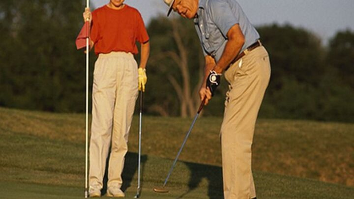 Could Taking a Swing at Golf Help Parkinson's Patients? – Consumer Health News